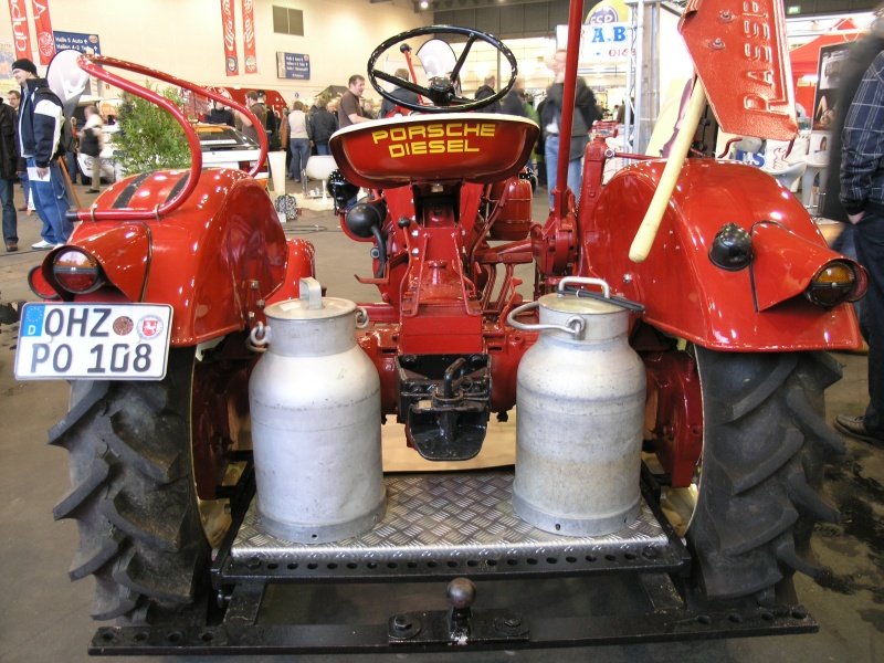 classic motorshow bremen 2010 porsche diesel traktor junior 3. Black Bedroom Furniture Sets. Home Design Ideas